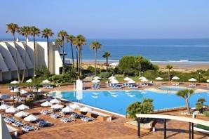"""Екскурзия НОВА ГОДИНА на брега на """"ИСПАНСКИТЕ КАРИБИ"""" - Кадис и курортите на Коста де ла Лус, ИСПАНИЯ с включено посещение на Гибралтар и разходка в Малага - ИЗЧЕРПАНИ МЕСТА!  - 5 дни / 4 нощувки"""